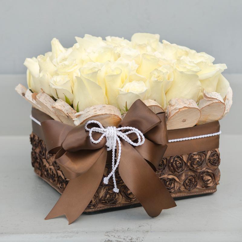 Kutuda Beyaz Güller