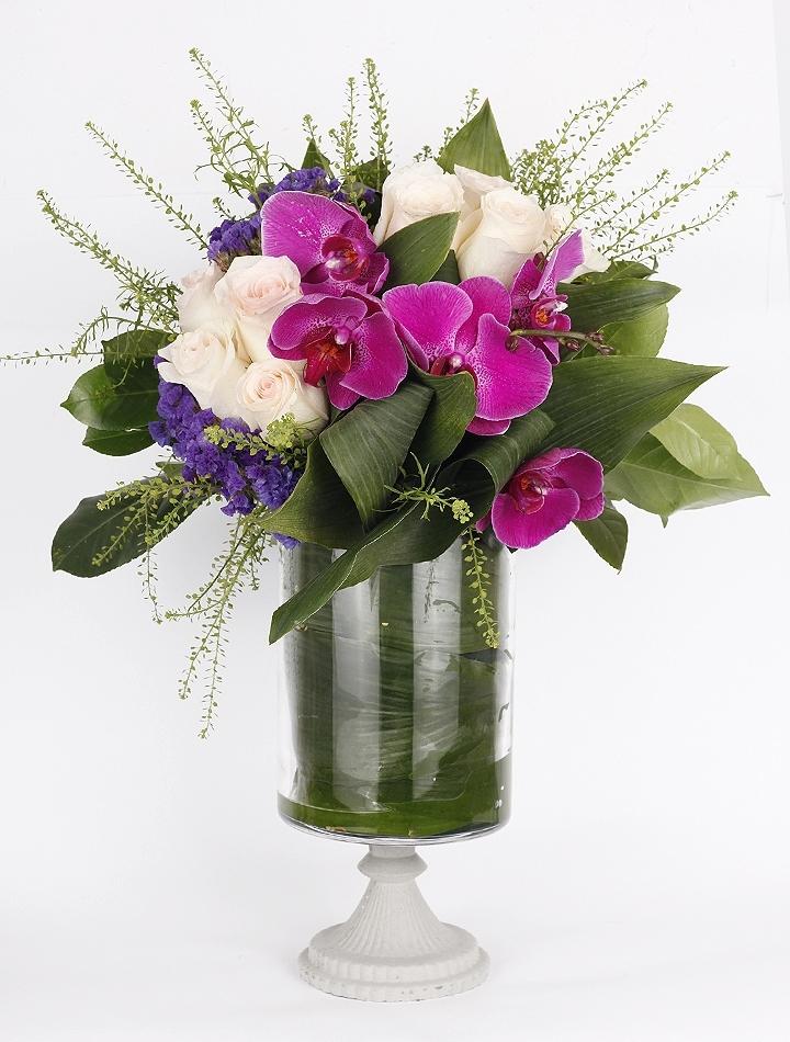 Lila Orkideler ve Güller
